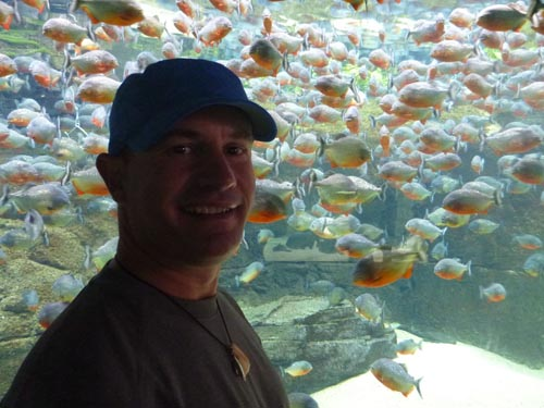 Mark bonds with an impressive piranha display.