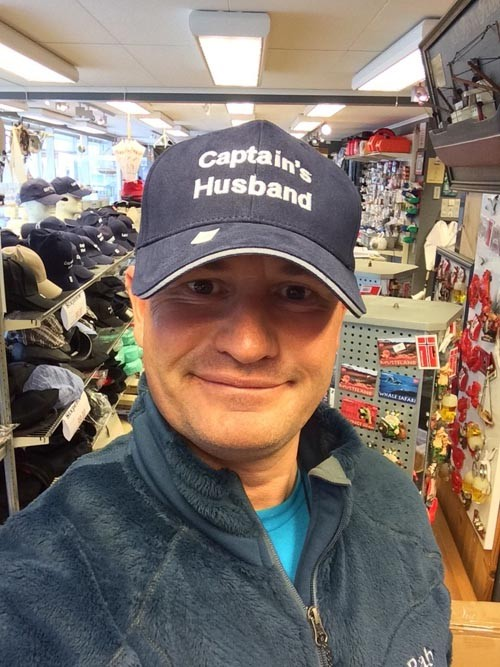 We also browsed in some of the shops. Mark tried on some hats.